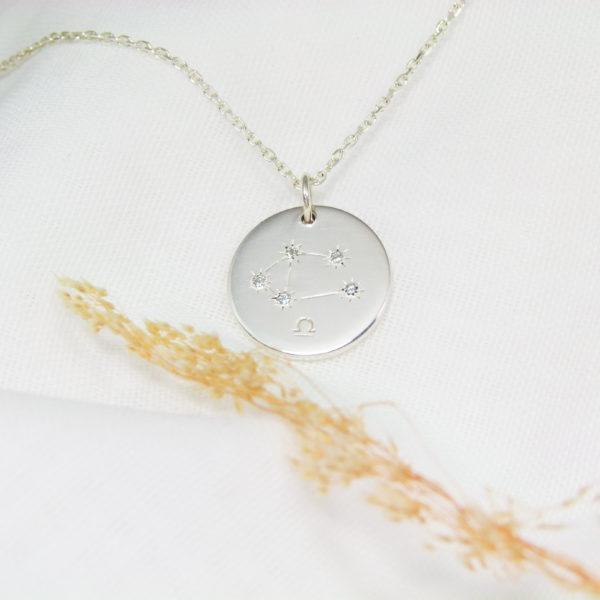 Médaille constellation Balance Argent & Topazes